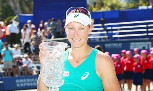На прошлой неделе Стосур выиграла турнир в Карлсбаде