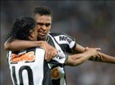 Команда Роналдиньо победит чемпионов Либертадорес