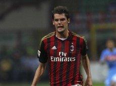 «Милан» пока не решил проблемы с обороной