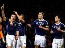 Шотландия остается непобедимой в трех играх