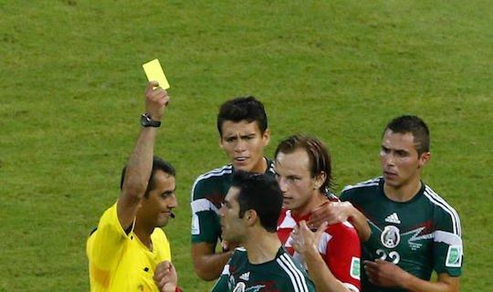 Узбекский рефери является одним из немногих представителей своей профессии, кто профессионально играл в футбол