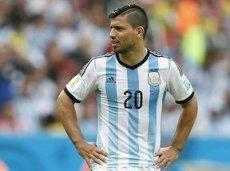 Агуэро не сможет помочь аргентинцам и в этом матче