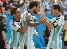 После травмы Неймара Аргентинцы стали главным фаворитом на победу в Бразилии