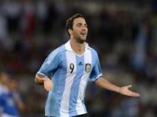 Гол Игуаина вывел аргентинцев в полуфинал
