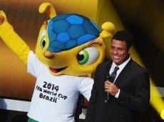 Роналдо прогнозирует минимальную победу Бразилии