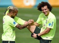 Давид Луис забил колумбийцам прекрасный гол со штрафного