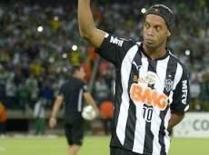 Наиболее вероятен переход Роналдиньо в «Бока Хуниорс»