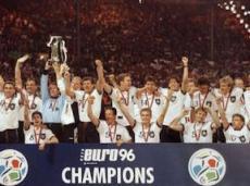 Последний раз немцы выигрывали чемпионат Европы в 1996 году
