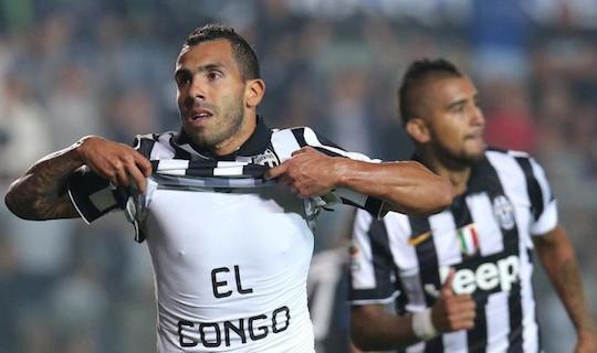 Карлос Тевес отметился очередным дублем в этом сезоне в матче с «Аталантой»