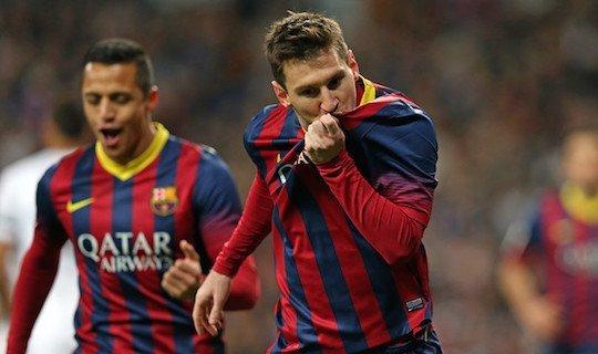 Месси оформляет очередной хет-трик в матчах с «Реалом»