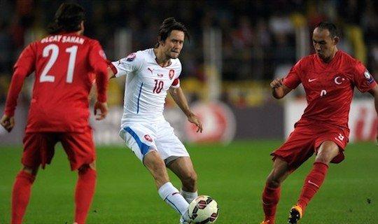 Сборная Турции потерпела очередное поражение в квалификации Евро-2016