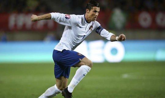 Роналду показывает различный футбол за «Реал» и за сборную