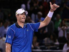 John-Isner-Miami-Open-Tennis-Day-8--s4L14n9UZGl-230x171