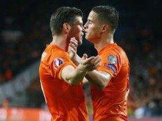 Победа поправит положение голландцев в группе