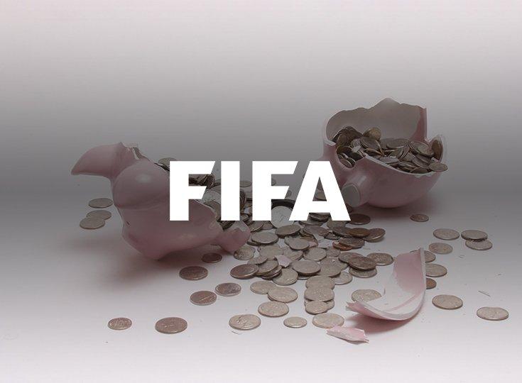 """Кто из спонсоров первым откажется от сотрудничества с ФИФА? Фаворит букмекеров - Visa, аутсайдер - """"Газпром"""""""