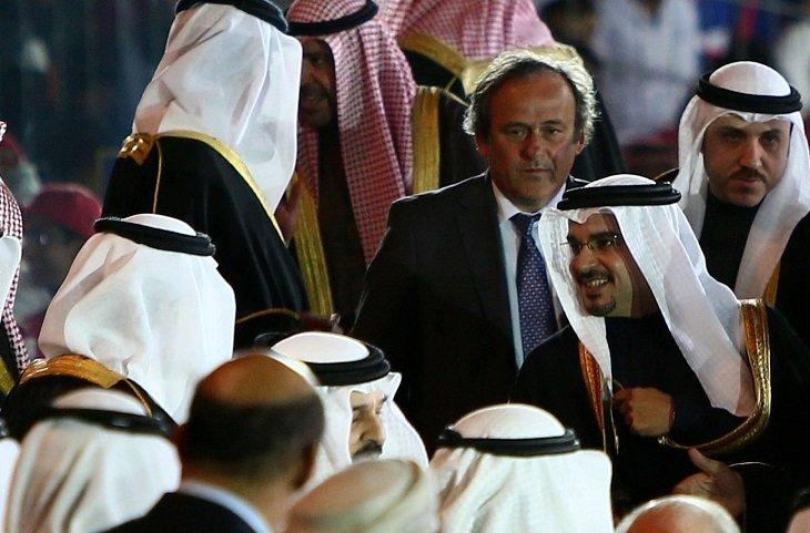 Платини отдал голос за Катар на выборах страны-организатора ЧМ-2022