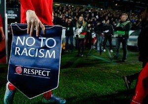 В чемпионате Нидерландов команды откажутся от игры в первую минуту матча в знак борьбы с расизмом
