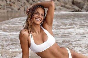 Юлия Ефимова: В России новое фото в купальнике тут же попадает во все паблики