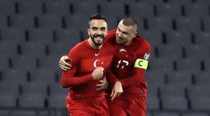 Латвия ушла от поражения в матче с Турцией, Нидерланды забили семь мячей в ворота Гибралтара