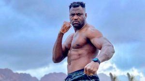 Глава UFC заявил, что Нганну, скорее всего, сразится со Льюисом