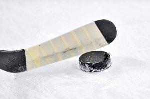 Первый канал покажет матчи чемпионата мира по хоккею