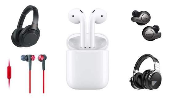 Headphones/Earphones (25 Best Gifts For Teens (#21 is the Winner)