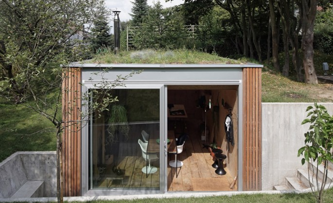 Backyard studio in Uccle, Belgium by L'escaut Architects 11