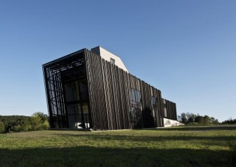 Sleeve House, Taghkanic, New York by Actual/Office Architects