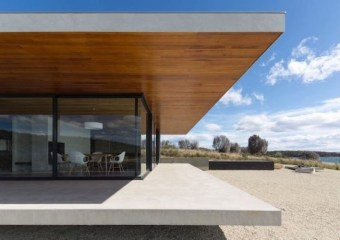Younger House, Dunalley, Tasmania by Stuart Tanner Architects