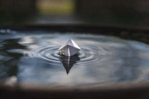 Rainy day - Smell of the earth, paper boats and hot chocolate!