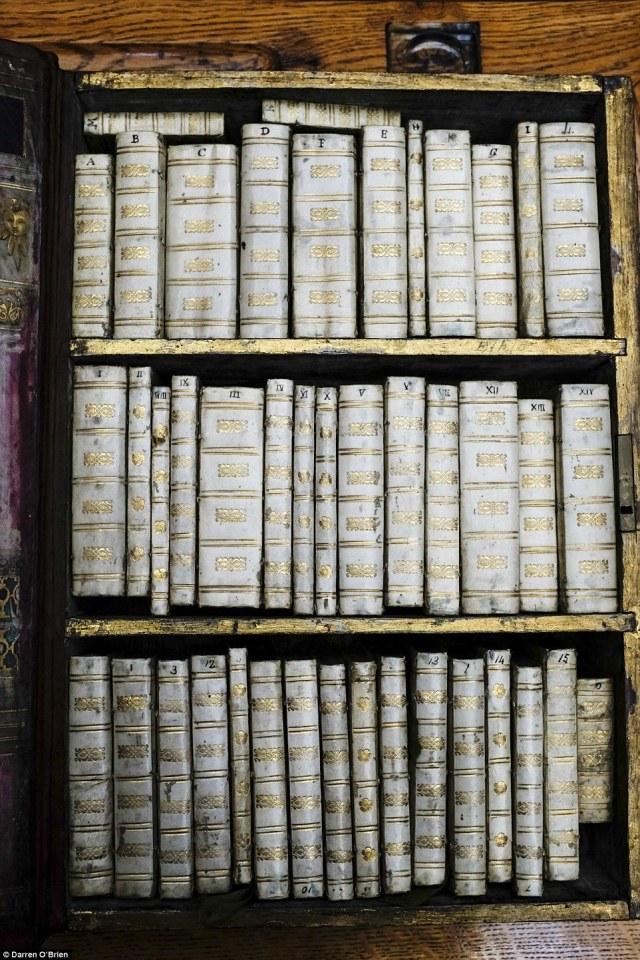 Jacobean Kindle books