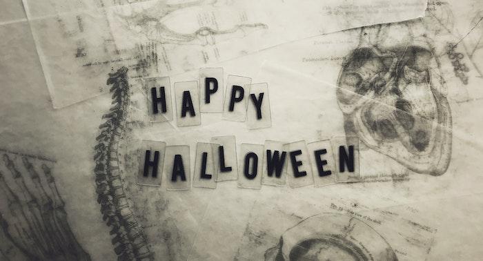 30 Spooky, Cute, & Downright Gross Horror Leggings For Fans