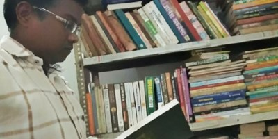 Ravi in a library