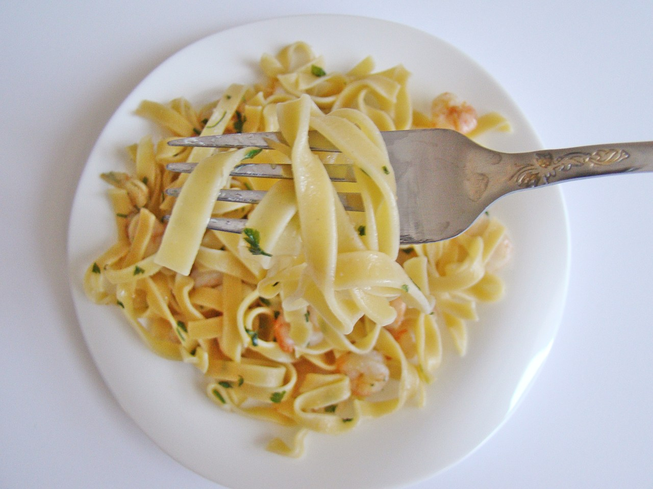 Super Easy Pasta with Shrimp