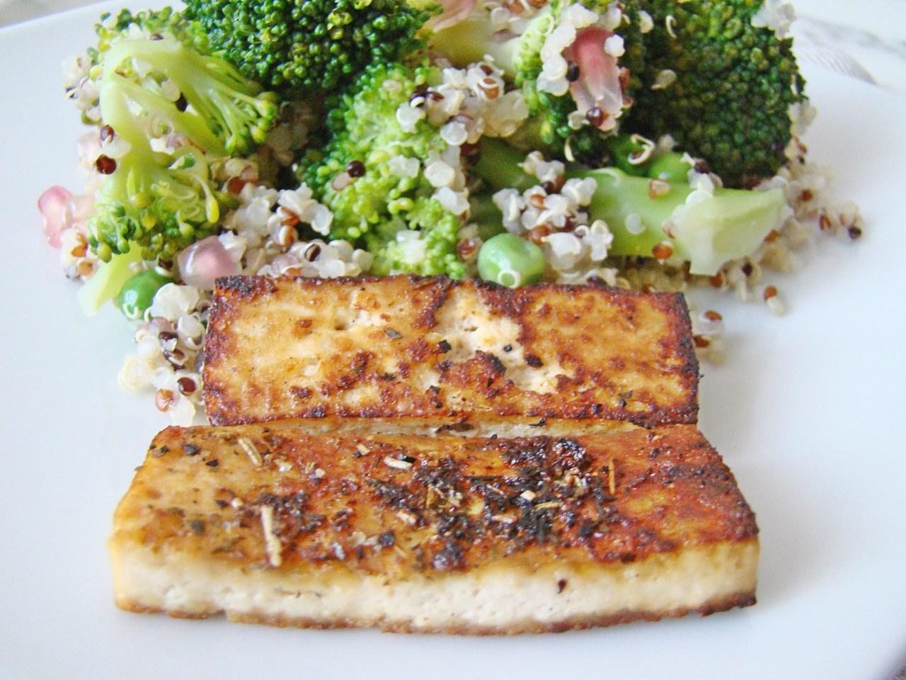 Quinoa Salad with Fried Tofu, Broccoli and Peas