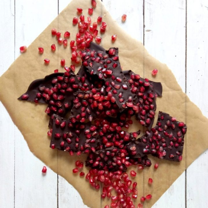 pomegranate seed chocolate bark