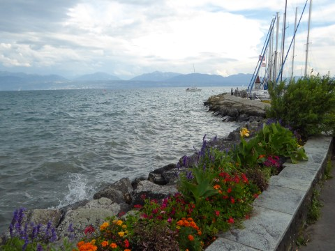 Photo 47: Arriving in the town of Morges