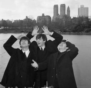 John Paul and Ringo overwhelmed by the view of NY skyline