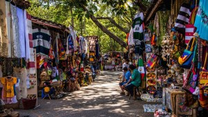 places after beach go it to isla Cuale of shopping