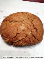 Almond-Miso Cookie