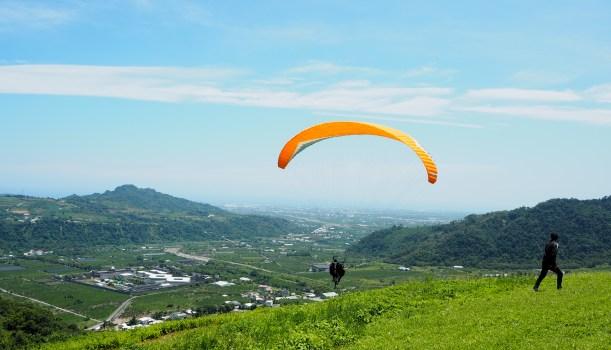 【初鹿遊程推薦】 雙人飛行傘初體驗Q&A/台東景點/東台灣飛行傘俱樂部