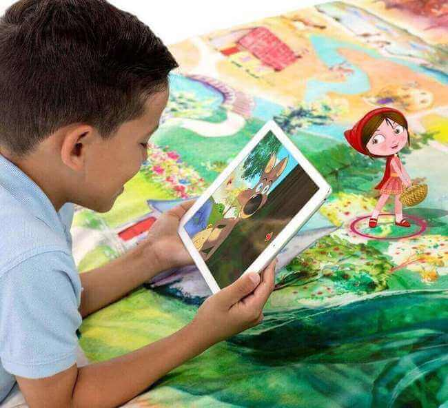 SpinTales-augmented-reality-interactive-storytelling-rug-duvet