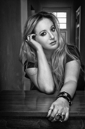 Leigh Bardugo author of Six of Crows and Shadow and bone