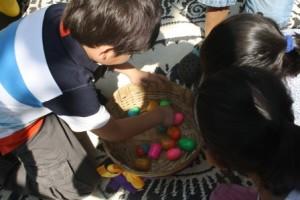 Easter Egg Hunt 058