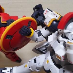 赤いトールギス vs 白いトールギス