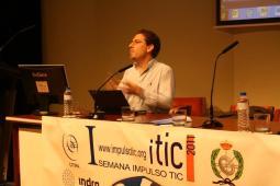 Ponencia de Leon Welicki de Microsoft en la I Semana Impulso TIC 2011 en la Universidad Laboral de Gijón