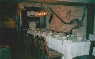 Decoración mesa para celebración de una cena de cumpleaños
