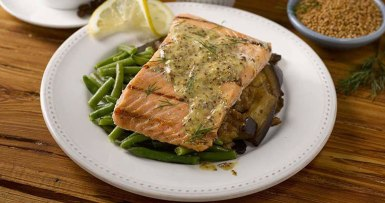 Grilled Salmon With Dill Mustard Sauce