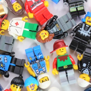 MYSTERY Pack of Four LEGO® Minifigs, non-themed
