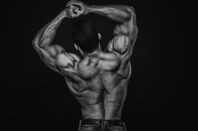 I workout di Calum Von Moger - schiena